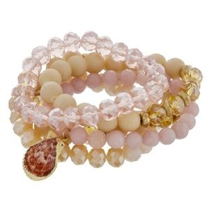 Jewelry - Shell Stretch Bracelet